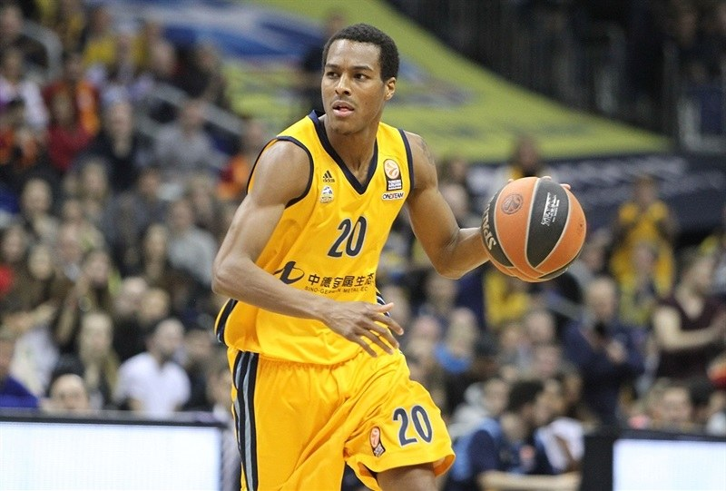 alex-renfroe-alba-berlin-eb14