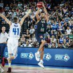 Vainqueurs de la Finlande, les Bleus se rapprochent du Mondial