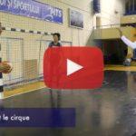 Vidéo: Au coeur de l'équipe de France féminine avec Bria Hartley obligée de pousser la chansonnette