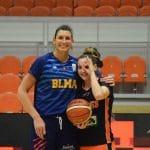 La photo: Helena Ciak et Lisa Berkani, retrouvailles heureuses