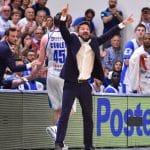"""Italie: Sassari sort Milan 3-0. Gianmarco Pozzecco: """"J'espère que mes joueurs ne vont pas rentrer avant 8 heures du matin"""""""