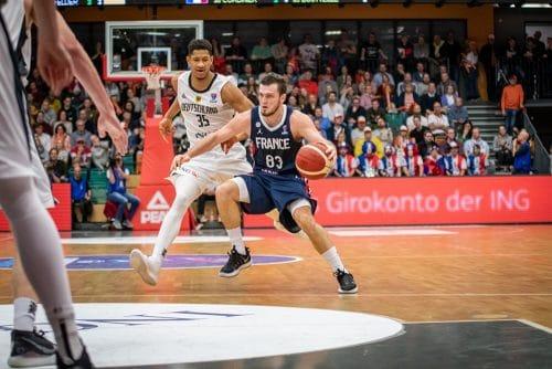 La France réagit face au Monténégro — Basket