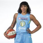 WNBA: La Franco-Américaine Gabby Williams (Chicago Sky) performe sur le terrain et se montre active en dehors