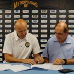Jurij Zdvoc a signé son contrat avec les Metropolitans