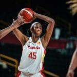 Espagne: Astou Ndour, en sandales à Dakar, avec une bague en WNBA